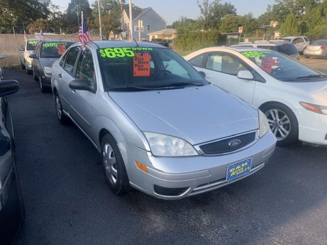 2006 FORD FOCUS 4DR